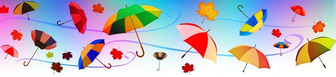 barevné děštníky ve větru