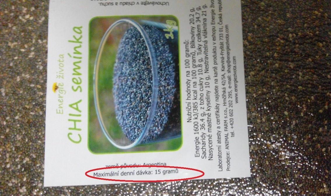 Chia semínka pro výrobu pudinku z rostlinného mléka
