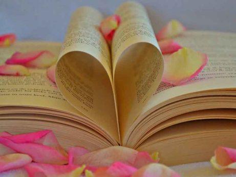 Knihy mohou změnit náš život k lepšímu. Stačí uplatnit jejich moudrost v praxi.
